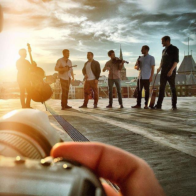 Shooting band-pictures of DuK tonight  #raisfoto #lovemyjob #band #music #sunlight #picoftheday #aarhus