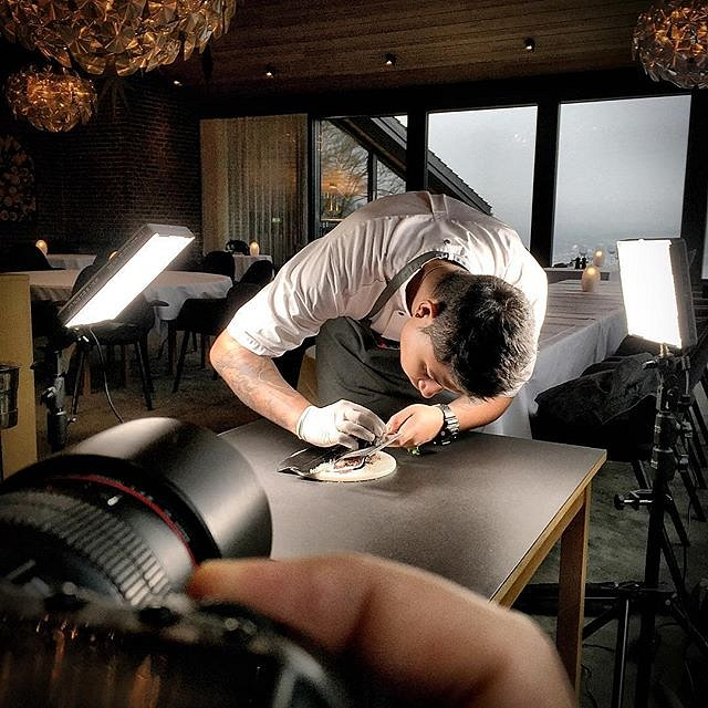 Here we go again  Food photography  at TreeTop with @bryanfrancisco1 #raisfoto #lovemyjob #food #foodphotography #treetop #vejle #gourmet #chefstalk #theartofplating